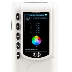 Misuratore di colore portatile: Qui si può vedere il display completo del PCE-CSM 7