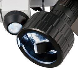 Lente a specchio del microscopio