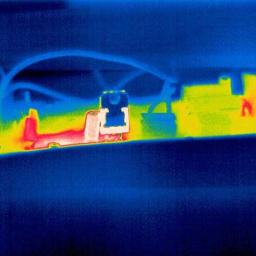 Visione termica in una piastra conduttrice