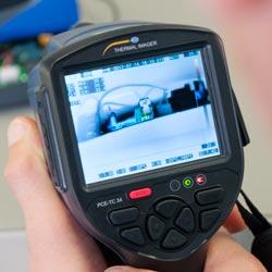 Comandi e display della termocamera