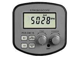 In questa immagine si può osservare il display e i tasti delle funzioni dello stroboscopio PCE-OM 15