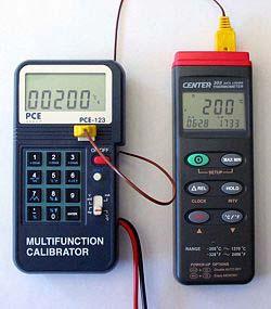 PCE-123 calibrando un termometro a contatto.