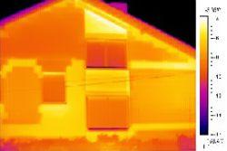 Immagine realizzata con termocamere su di una casa