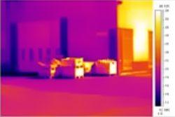 Immagine realizzata con termocamere all'esterno di un edificio