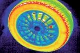 Immagine di una ruota ripresa da una telecamera di ispezione termica
